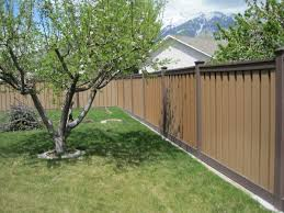 Trex Fencing Fds Fence Distributors On Twitter Install Your Trexfence On A Strip Of Concrete Or Brick So You Can Mow The Edges Of Your Lawn Mowstrip Lifehack