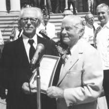 Salvatore Minichini (left) receives a citation from New York Mayor... |  Download Scientific Diagram