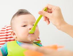 Giúp mẹ lên thực đơn cho bé 7 tháng tuổi lớn nhanh và tăng cân đều ...