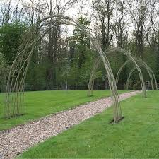 Garden Must Have Woven Willow Fences And Trellises Gardenista