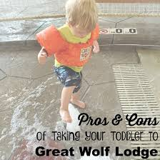 taking your toddler to great wolf lodge