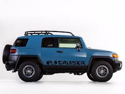 Toyota Fj Cruiser Trd Sport Side Stripe Graphics Decal Wild Style My Cars Look Professional Vinyl Graphics And Stripes