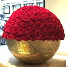 large bowl with preserved red roses