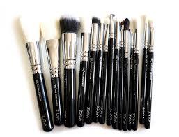 love zoeva luxe plete brush set