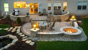 paver patio contemporáneo fachada