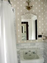 oversized mirror in small bathroom