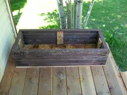 How To Build Flower Boxes From Old Deck Or Fence Wood Ehow Uk Flower Boxes Old Wood Projects Planter Boxes