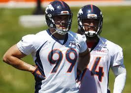 Broncos D-lineman Adam Gotsis undergoes knee surgery