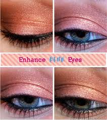 enhance blue eyes copper eyeshadow look