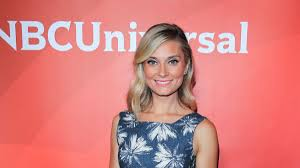 Actress Spencer Grammer injured after trying to break up altercation Friday  night, NYPD police source says - CNN