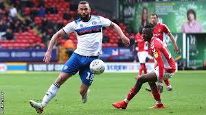 Aaron Wilbraham: Rochdale offer forward, 39, new deal - BBC Sport