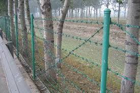 Barbed Wire Fence Cost Very Few Only Need The Barbed Wire With Barbed Wire Post Or You Can Use Wooden Pole Or Wire Fence Barbed Wire Fencing Wire Mesh Fence