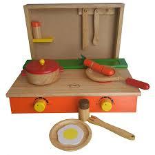 Đồ chơi nấu ăn bằng gỗ cung cấp cho bé những kỹ năng gì?
