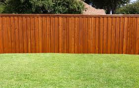 Staining A Deck Or Fence With An Airless Sprayer Semi Transparent Wood Fence Design Building A Fence Backyard Fences