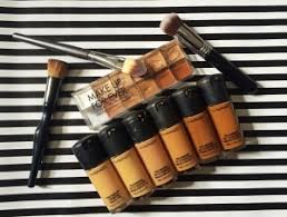 diffe makeup foundations each