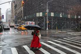 Snow and Rain Create Sloppy Rush Hour - The New York Times