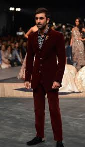 indian wedding guest outfits for men