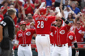 Pitcher Anthony DeSclafani hits grand slam, Reds rout Cubs