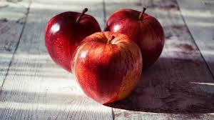 Яблочный Спас 2020 - дата, история и традиции Второго Спаса
