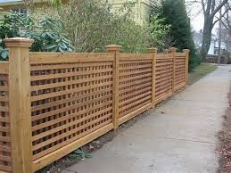 35 Awesome Wooden Fence Ideas For Residential Homes Lattice Fence Wooden Fence Backyard Fences