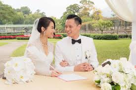 Actress Myolie Wu weds businessman Philip Lee, more than a year after  falling in love at first sight, Entertainment News & Top Stories - The  Straits Times