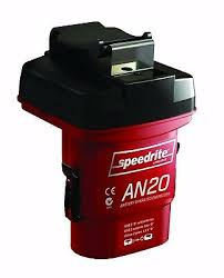 Speedrite An20 D Cell Battery Powered Electric Fence Energizer 0 04 Joule 9414731404708 Ebay