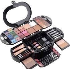 cosmetic s las makeup kit