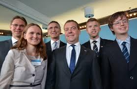 Prime minister Dmitry Medvedev steps down | The Independent Barents Observer