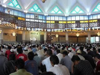 Hentikan Wacana Polisi Masjid, Musuh Kita Ketidakadilan
