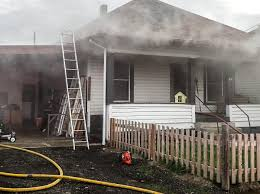 House Fire Displaces Seven In South Roseburg Roseburg Nrtoday Com