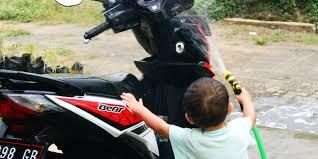 tekanan angin ideal untuk ban motor