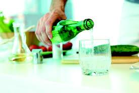 Sade soda mı meyveli soda mı?