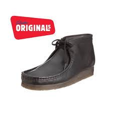 clarks originals wallabee boot in black
