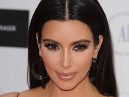 kim kardashian secures hometown