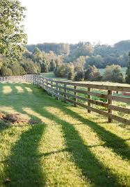 Pin By Abby Maginnis On Reed House In 2020 With Images Country Fences Country Farm Country