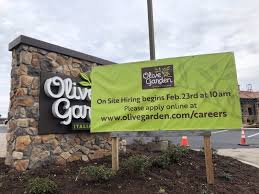olive garden to hold on site job fair