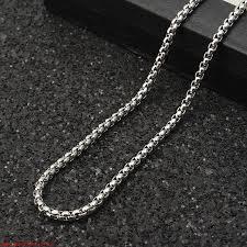 simple square chain lion head pendant