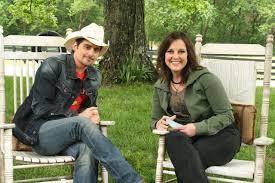PHOTO: Brad Paisley at his farm with GAC's Nan Kelley | Brad ...