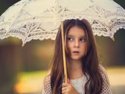 صور اطفال كيوت حلوين جدا Little Girl With Umbrella بنات كيوت صغار