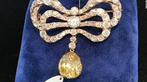 marie antoinette s prized jewels up for