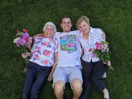 Ross Smith - Happy Mothers Day! To the 2 greatest women in... | Facebook