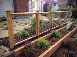 Hi Five Fence In 2020 Backyard Fences Fence Landscaping Garden Fencing