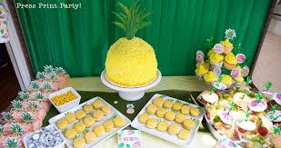 fun pineapple party decorations ideas