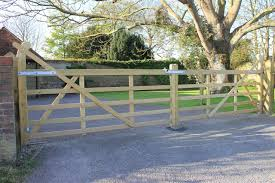 Timber Entrance And Driveway Gates Jacksons Security Fencing