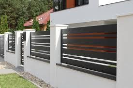 Zielona Gora Realizacje Ogrodzen Fenz Fence Fence Backyard Fence Design Fence Diy Fence Ideas In 2020 House Gate Design House Fence Design Modern Fence Design