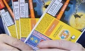 Lotteria Italia, ultima corsa ai biglietti: ad Arezzo un anno fa ...