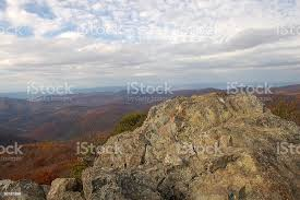 Summit Of Bearfence Mountain Trail Shenandoah National Park Stock Photo Download Image Now Istock