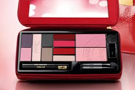 extremely ysl palette launched