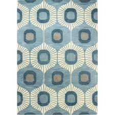 8 area rugs to bring color to your