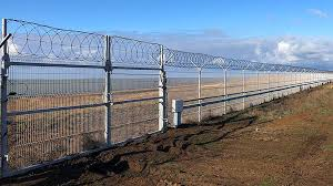 Ukraine Conflict Russia Completes Crimea Security Fence Bbc News